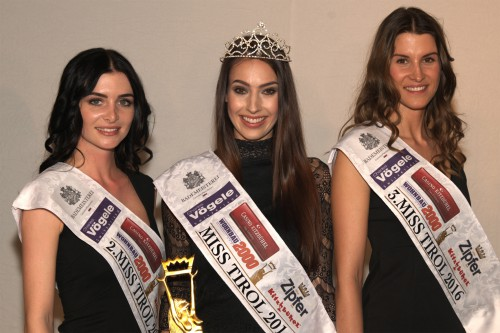 v.l.n.r. Vize Miss Linda Nocker, Miss Tirol 2016 Isabella Wolf, 3. Marie-Christin Pedrolini Foto: Fritz Mitterer
